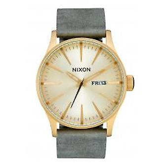 Nixon The Sentry Leather All Light Gold / Gray (A1052982)