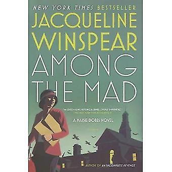 Bland de Mad: en Maisie Dobbs roman (Maisie Dobbs romaner)