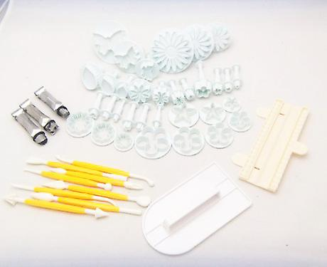 47 Pcs Cookie Cutter Ejector Punch + Modelling + Smoother + Border Decoration Fondant Marzipan Gateau