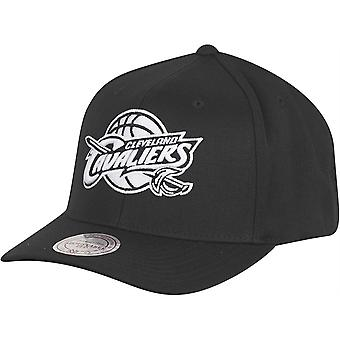 Mitchell & Ness FLEXFIT cappelli - Cleveland Cavaliers