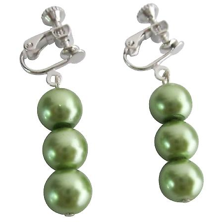Drop Pearls Earrings Clip On Earrings In Green Pearls