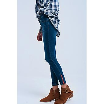 Skinny jeans with zipper