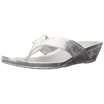 Date faible Wedge Thong sandale Metallic Kenneth Cole réaction féminine