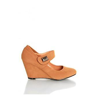 The Fashion Bible Kylie Wedge Shoes In Camel
