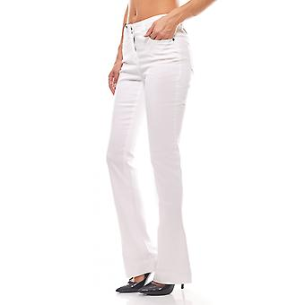 Boot cut short size of flared jeans CONNECTIONS in white from B.C. BEST.