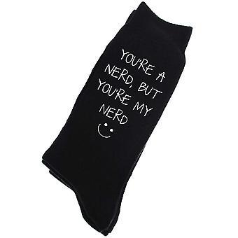 Eres un Nerd pero eres mi Nerd para hombre negro becerro calcetines