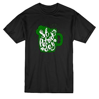 St Patrick's Day Mug Graphic Tee - Image by Shutterstock