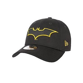 New Era Black Character Outline 9Forty Batman Kids Curved Peak Adjustable Cap
