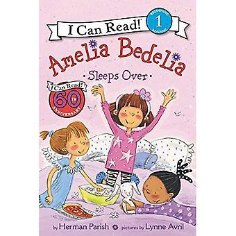 Amelia Bedelia Sleeps Over (I Can Read Young Amelia Bedelia - Level 1
