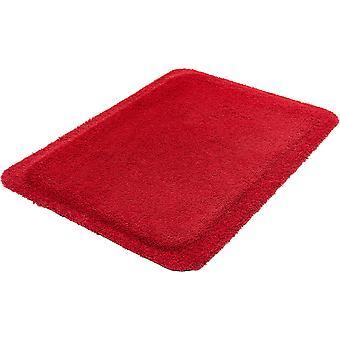 Anti trötthet matta röd står på hyllorna i wash + torr