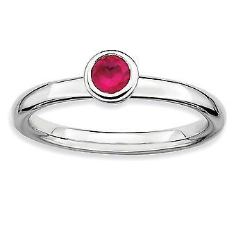 Lunetta di argento lucidato placcato in rodio impilabile espressioni basso 4mm Round CR. Ruby Ring - anello di dimensioni: da 6 a 10