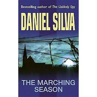 La saison des marches par Daniel Silva - livre 9780752837024