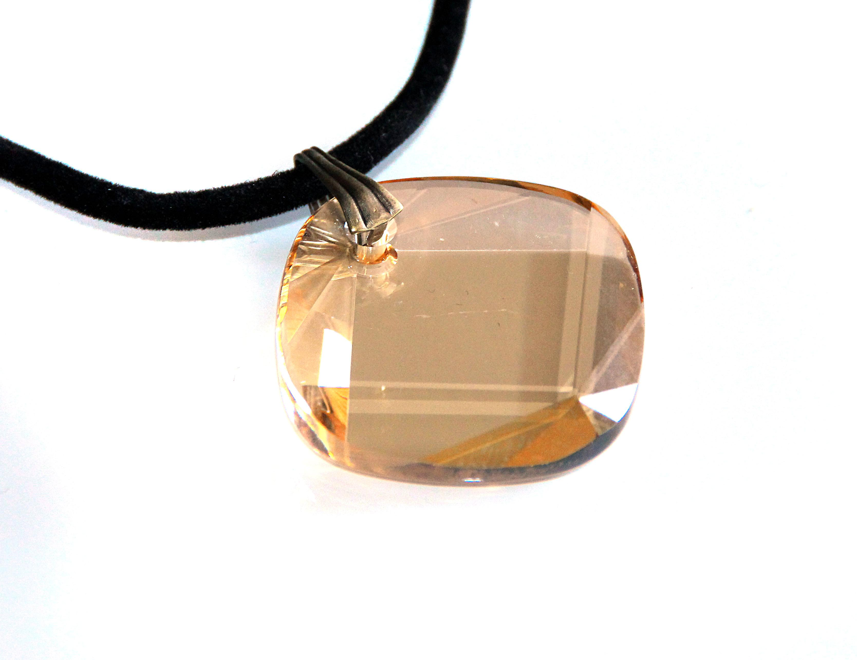 Waooh - Bijoux - Swarovski / Pendentif opale orangé et cordon velour