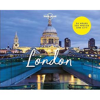 Photocity London by Mark Chilvers - 9781787018112 Book