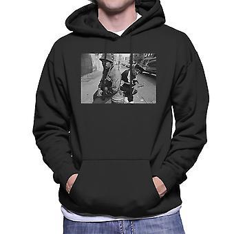 Eric B og Chuck D på gatene i New York på 1980-tallet menn er hette Sweatshirt