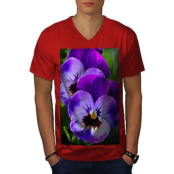 Pansy Wild Photo Men RedV-Neck T-shirt | Wellcoda
