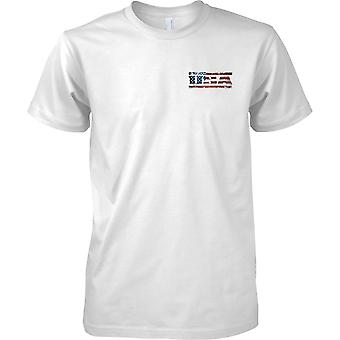 USA Grunge Country Name Flag Effect - Stars and Stripes - Mens Chest Design T-Shirt