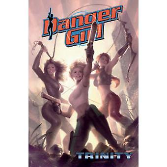 Gevaar Girl - Trinity door Andy Hartnell - Brian Stelfreeze - Stephen Mo