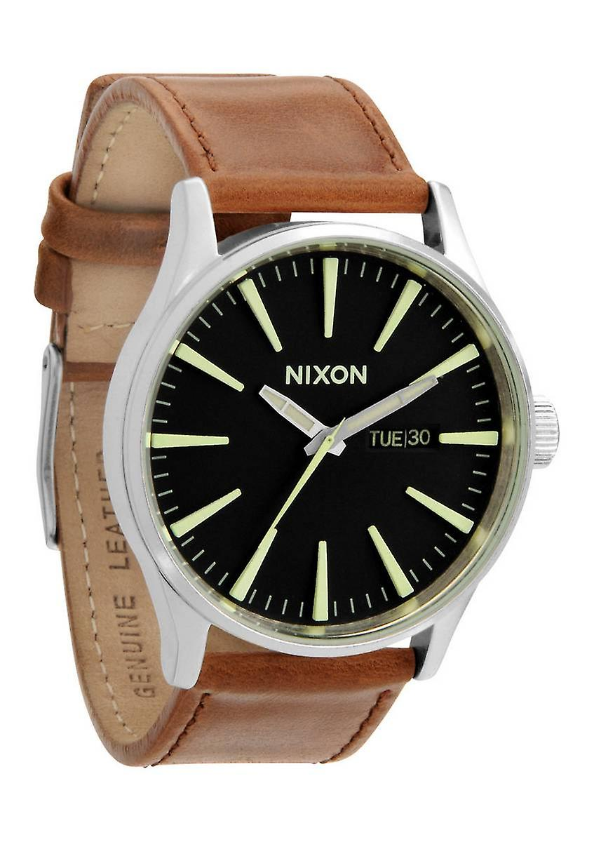 Nixon la Sentry Leather montre - noir/selle