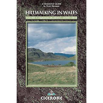 Randonnées en montagne au pays de Galles (2e édition révisée) par Peter Hermon - 97818528