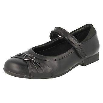 Meninas Clarks Formal/escola sapatos boneca coração