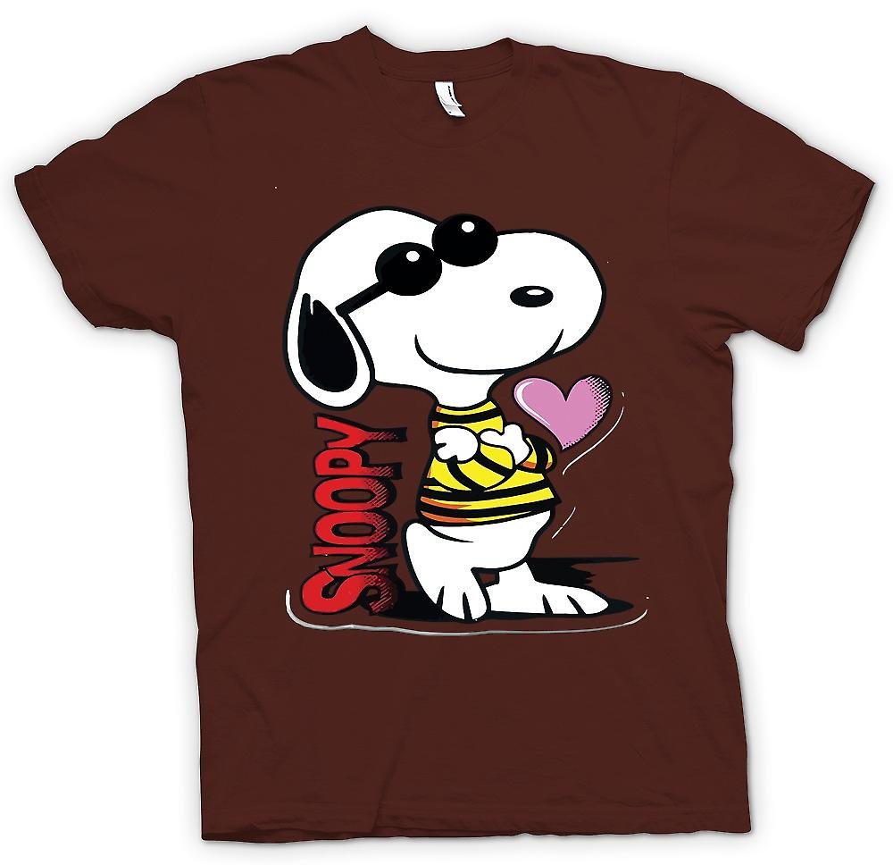 Mens T-shirt - Snoopy Cartoon With Heart