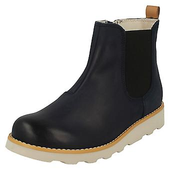 Boys Clarks Gusset Detailed Ankle Boots Crown Halo