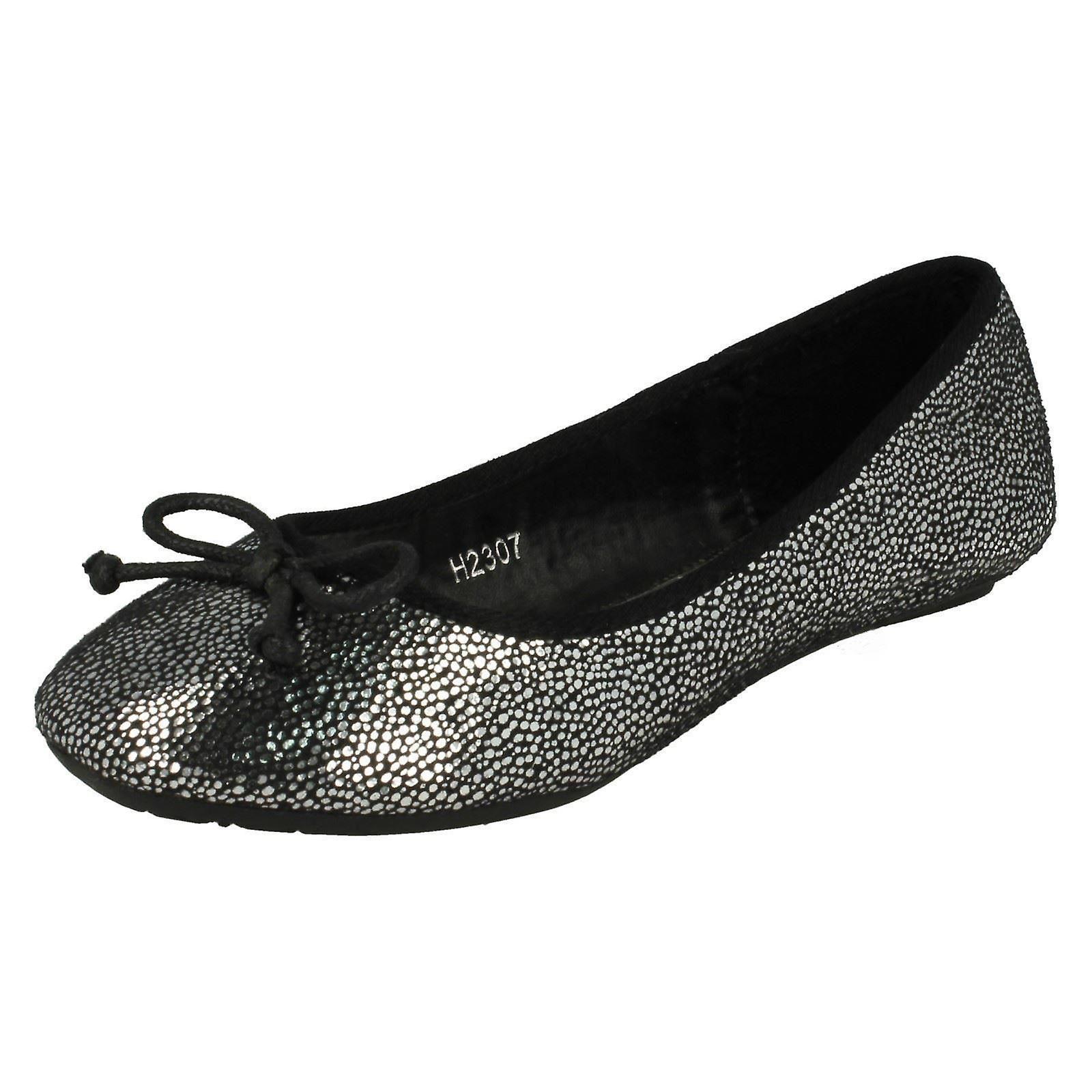 Girls Spot Shoes: On Ballerina Bow Detail Flat Shoes: Spot Attractive Look :Men/Women 7e8227