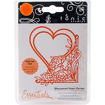 Tonic Studios Fanciful Floral Die-Blossomed Heart 1535E