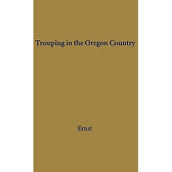 Trouping no país de Oregon por Ernst & Alice Henson