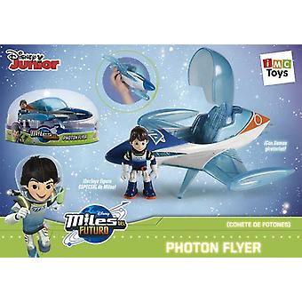 IMC Toys Photon Flyer Miles (Toys , Action Figures , Vehicles)