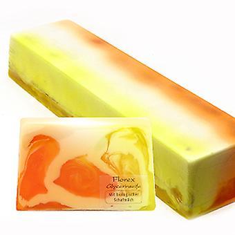 Florx handgemaakte glycerine zeep-Marille-met luffa en biologische schapenmelk 90 g