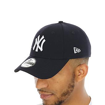 New Era Navy-White MLB The League 9Forty New York Yankees Curved Peak Adjustable