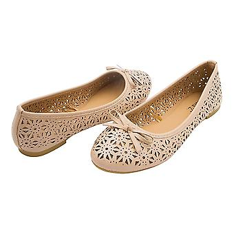 Sara Z Womens Laser Cut Perforated Slip On Ballet Flat With Bow
