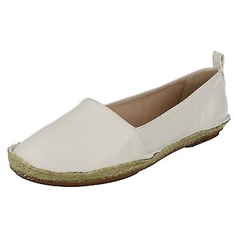 Damen Clarks Casual flache Slip On Schuhe Clovelly Sonne