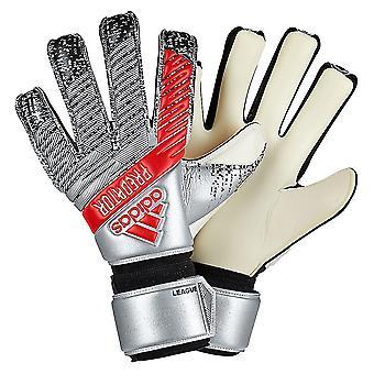 アディダス プレデター リーグのゴールキーパーの手袋のサイズ