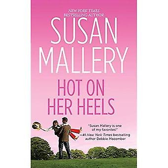 Hot on Her Heels (Hqn Romance)