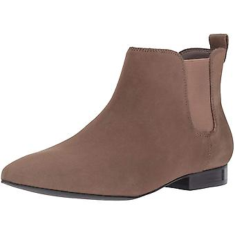 Nine West Women's Holdon Ankle Bootie