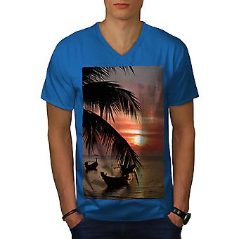 Solnedgången Palm Tree män Royal BlueV-hals T-shirt | Wellcoda