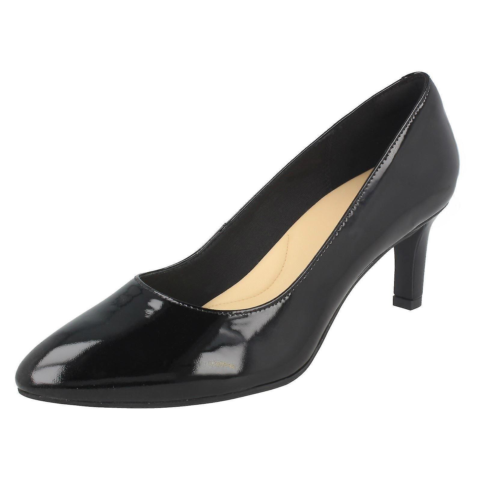 Damen Clarks texturiert Gericht Schuhe Calla Rose - Schwarz Lack - UK Size 7D - EU Größe 41 - US Größe 9,5 M
