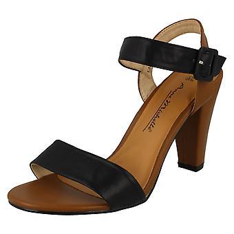 Ladies Anne Michelle Buckle Up Heeled Sandals L3403