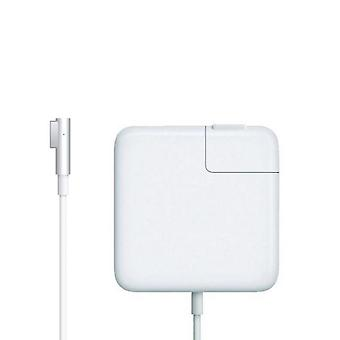 85 W MagSafe power adapter for Apple MacBook Pro 15 and 17 inch