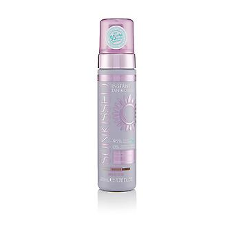 Sunkissed Professional Instant Self Tan Mousse 200ml - Medium with Vitamins C, B5 & E (95% Natural Ingredients / 0% Parabens, Sulphates, Phthalates, Silicones)