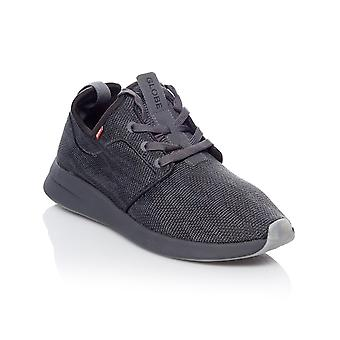 Globe Black Knit Dart LYT Shoe