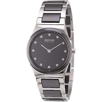 Bering Analog quartz Bracelet Watch with Different 32230-742 Materials