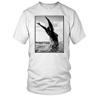 Surf Girl In Waves - Surfing Surf Beach Kids T Shirt