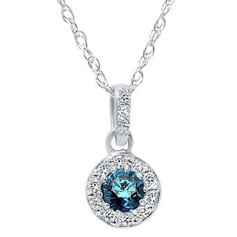 1 / 4ct Blue Diamond Solitaire a Petite Halo ciondolo in oro bianco 14k