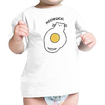 Meowgical Cat Baby koszula biała bawełna śmieszne Graphic Tee dla niemowląt prezent