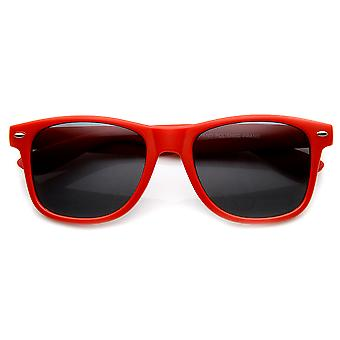 Soft Finish Matte Finish Colorful Classic Horn Rimmed Sunglasses