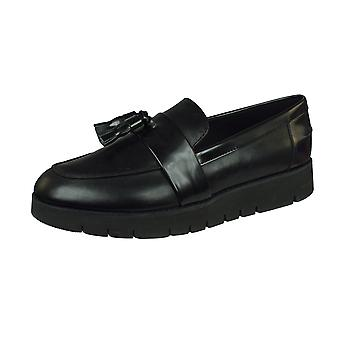 Geox D Blenda A Smooth Leather Womens Slip on Shoes - Black